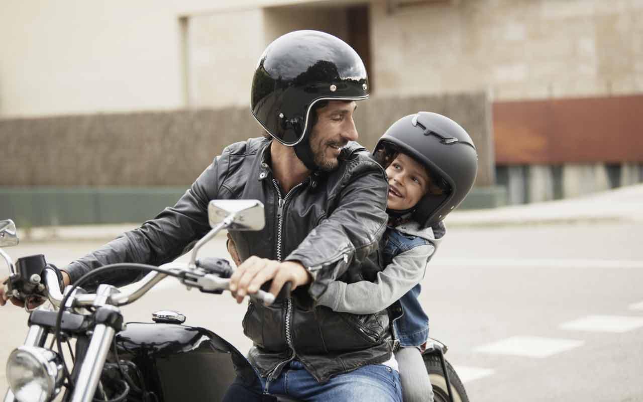 Bambini in moto