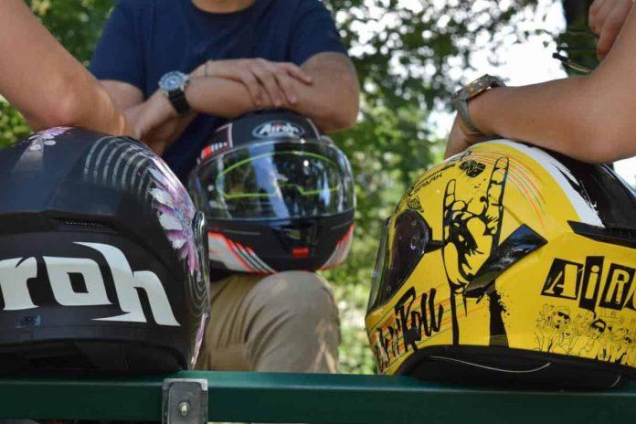 Pulizia visiera casco