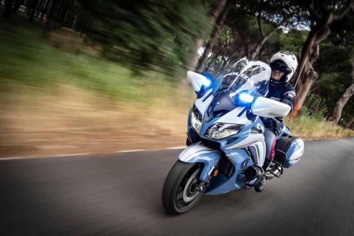 Yamaha FJR1300 AE in polizia