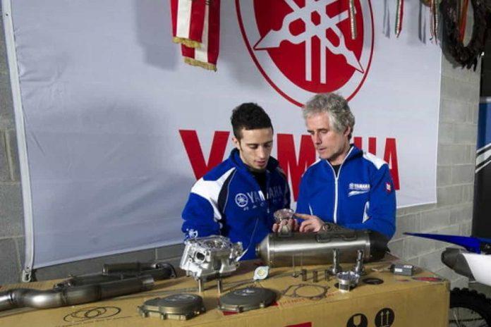 Andrea Dovizioso collaudatore Yamaha