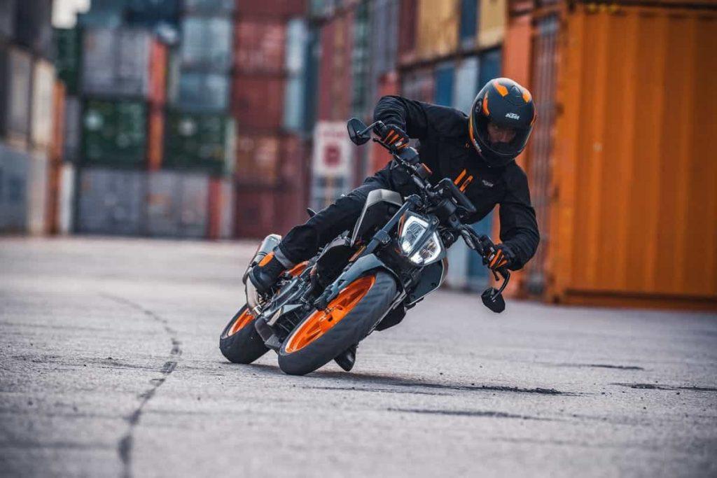 KTM Duke 125 390 2021 - 390