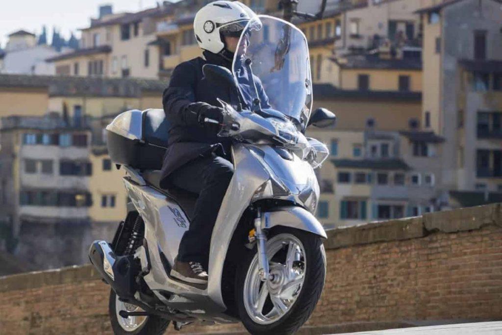 Mercato 2 ruote Dicembre 2020 - Scooter