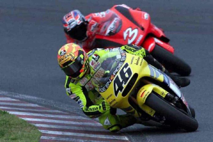 Rossi Biaggi Suzuka 2001